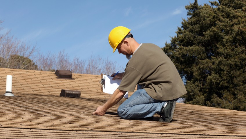 Get a Roof Inspection before Winter Arrives!