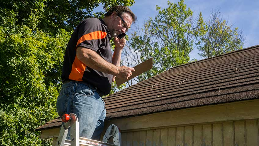 Precautionary Steps to Avoid Wind Damage to Shingle Roofs