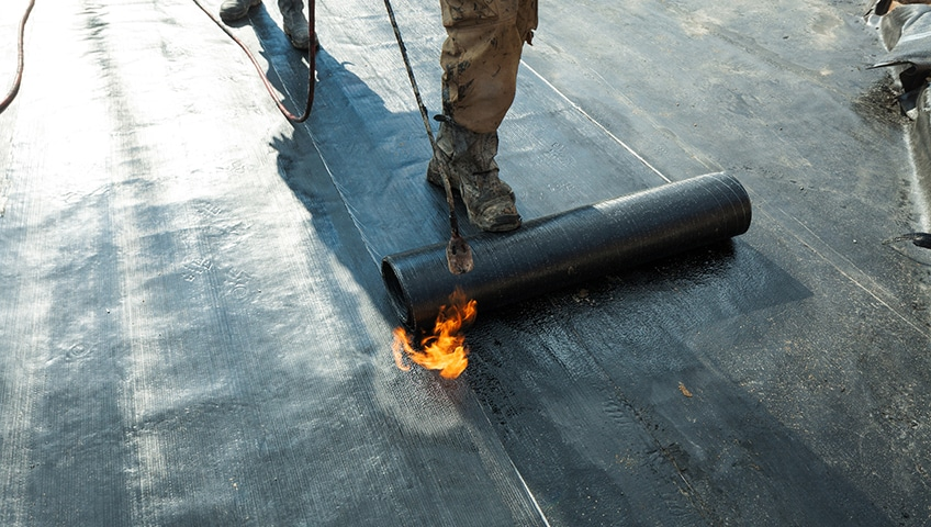 Choosing the Right Coating for a Commercial Flat Roof