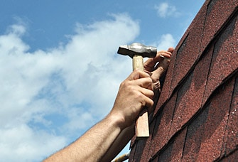 7 Warning Signs to Indicate You May Have a Leaking Roof
