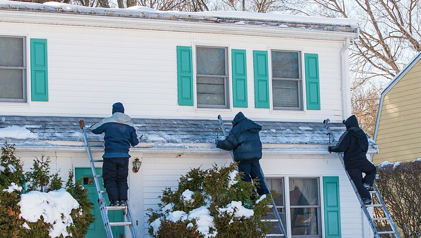 Things to Consider When Installing Roof Shingles in Winter