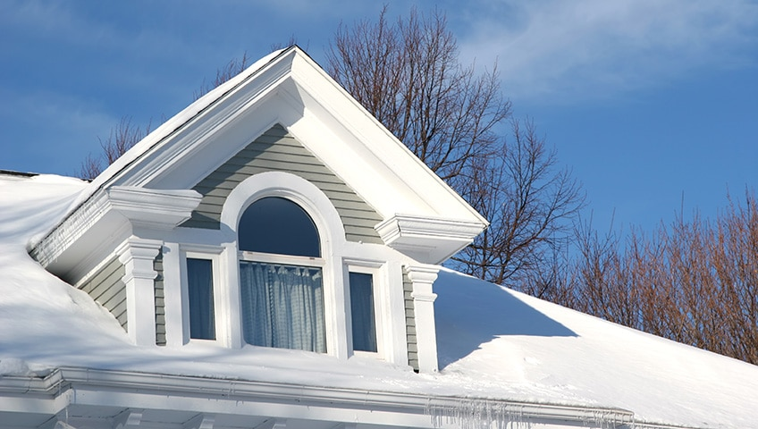 How to Identify and Fix Common Winter Roofing Problems