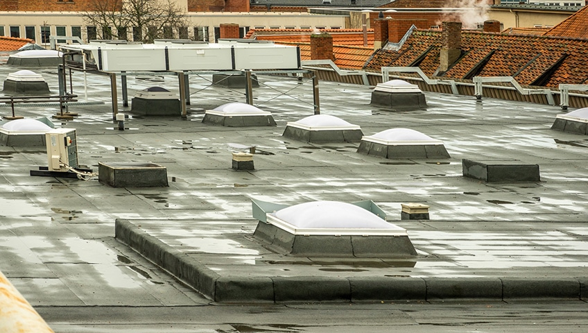 The Benefits of Skylights on a Commercial Flat Roof