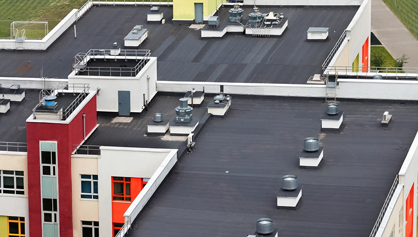 Flat Roofing Systems: Myths and Benefits