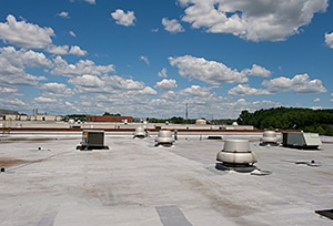 How to Protect Your Commercial Roof from Storms
